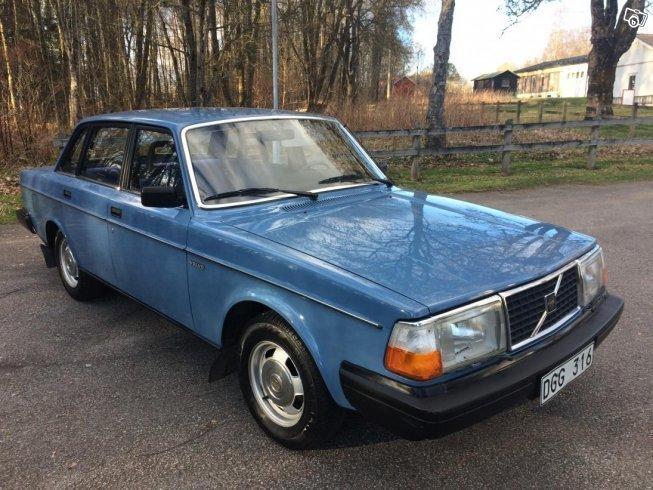 Såld Volvo 240 -82, benad 1982, 8.000 mil i (Borås) - AutoUncle