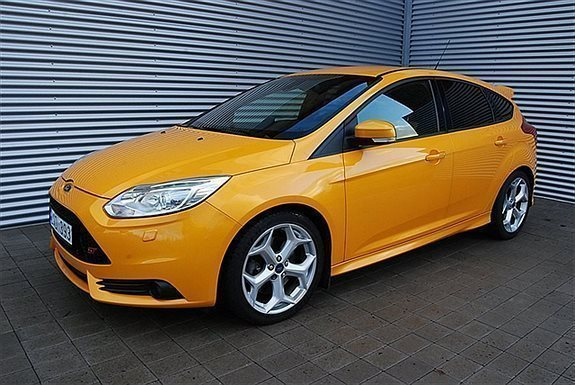 s ld ford focus st 250 ecoboost ta begagnad 2012 4 500. Black Bedroom Furniture Sets. Home Design Ideas