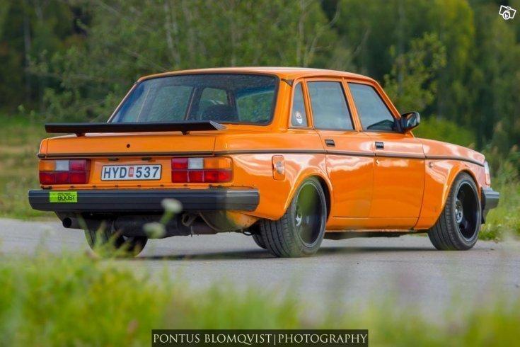 begagnad Volvo 240 Turbo WARGIA