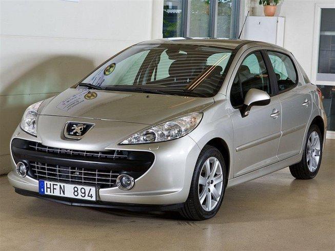 begagnad Peugeot 207 1.6 5d xs Halvkombi