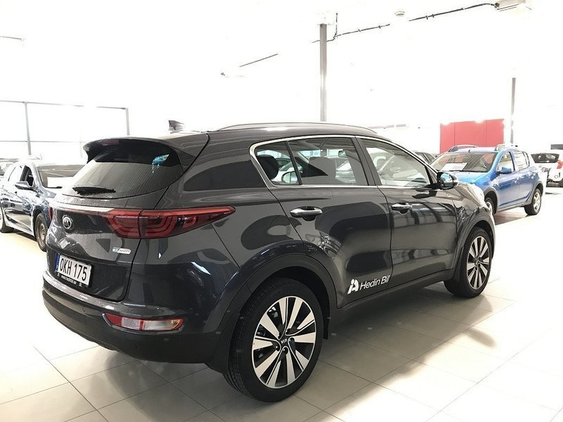 begagnad 1 7 crdi dct7 2wd special edition kia sportage 2017 km 1 i k ping. Black Bedroom Furniture Sets. Home Design Ideas