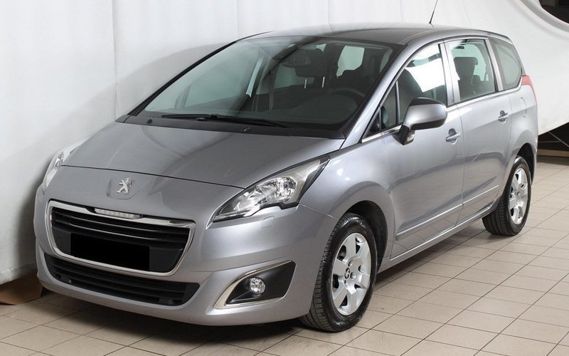 begagnad Peugeot 5008 Active+ 1,6 BlueHDi 120hk 7 sits - VISNINGSEX