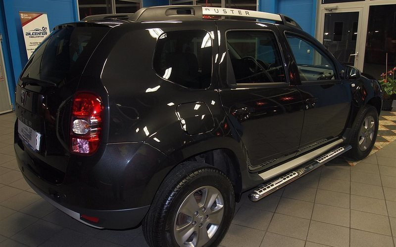 s ld dacia duster 1 2 tce laureate begagnad 2014 mil i trollh ttan. Black Bedroom Furniture Sets. Home Design Ideas