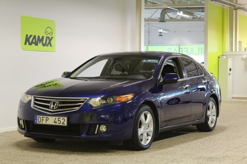 S ld honda accord 2 4 sedan execut begagnad 2009 for Honda accord 201
