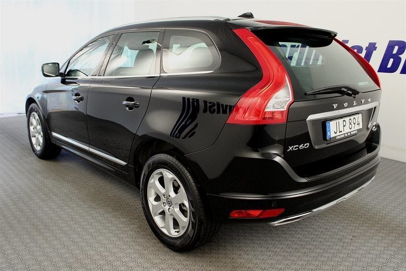 s ld volvo xc60 awd d4 190hk 4x4 s begagnad 2016 500 mil i kronoberg. Black Bedroom Furniture Sets. Home Design Ideas