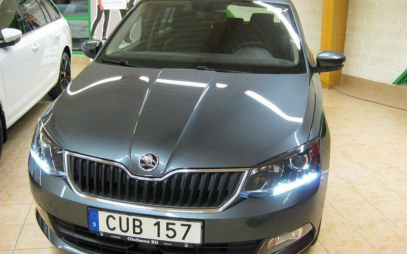 s ld skoda fabia combi tsi 90 styl begagnad 2017 0 mil i haninge. Black Bedroom Furniture Sets. Home Design Ideas