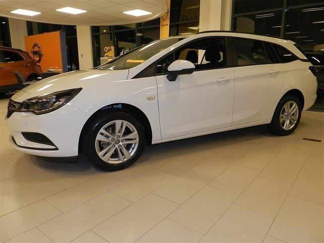 begagnad Opel Astra Sports Tourer Enjoy 1.4T A6/150hk Pluspaket