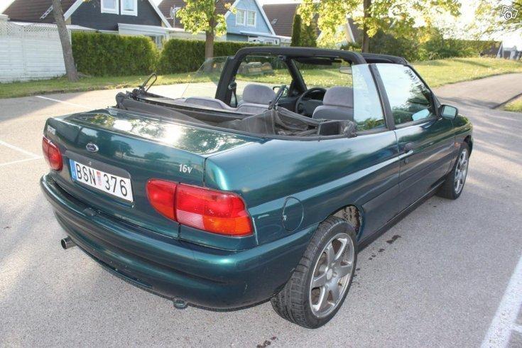 Såld Ford Escort Cabriolet el bill., begagnad 1996, 8 500 mil i (Västerås)