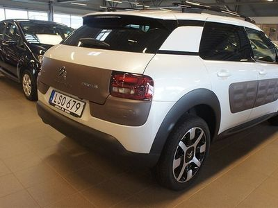 begagnad Citroën C4 Cactus PureTech 110 S&S Shine Halvkombi