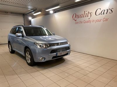 begagnad Mitsubishi Outlander P-HEV 2.0 PHEV Hybrid 4WD Bussines NAV