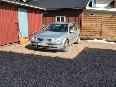 begagnad VW Golf VAR. 1,6