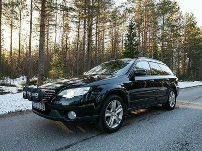 begagnad Subaru Outback 2.5 4WD AUTOMAT 167HK