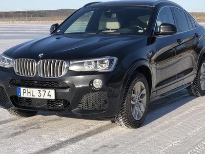 begagnad BMW X4 xDrive30d F26