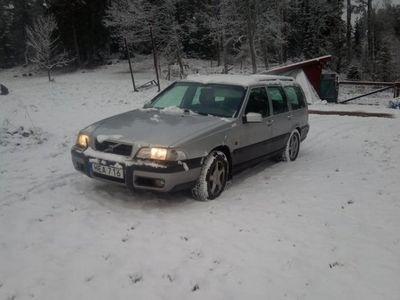 begagnad Volvo V70 XC 2.5T