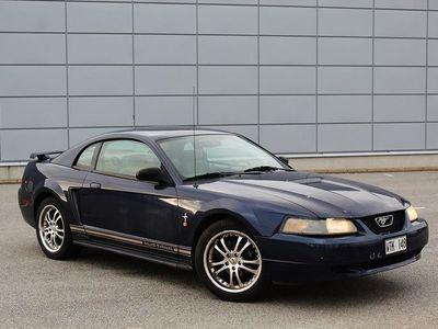 begagnad Ford Mustang 3.8 V6 Automat 193hk Servad