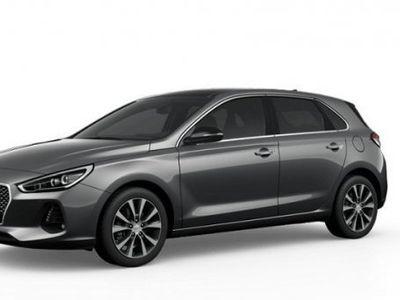 begagnad Hyundai i30 5d 1.4 Turbo M6 Premium Launch Ed -17