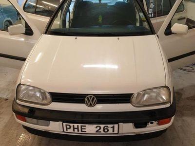 begagnad VW Golf 5-dörrar 1.8 CL