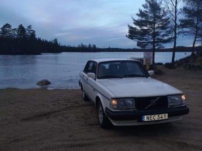 begagnad Volvo 240 Blackline -88