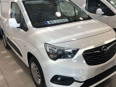 begagnad Opel Combo PREMIUM L1D 130 AT8