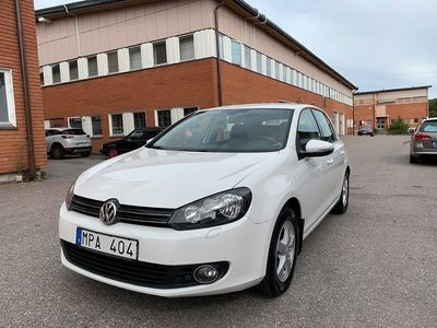 begagnad VW Golf 1.6 Multifuel 102hk 8300mil Drag