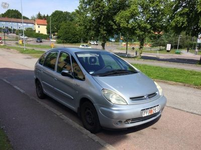 used Citroën Xsara Picasso -01
