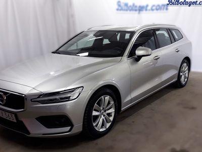 begagnad Volvo V60 D4 Momentum Advanced Edition 2019, Kombi 319 000 kr