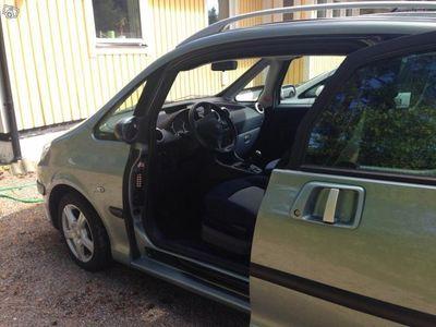 begagnad Peugeot 1007 1.4 -05