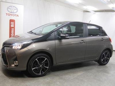 begagnad Toyota Yaris 5-dörrar 1.33 Style Bi Tone