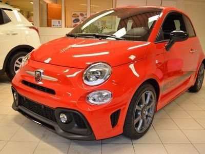 begagnad Abarth 500 1,4T 145HK Tourismo Pack