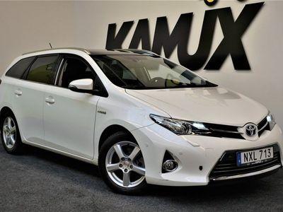 begagnad Toyota Auris Touring Sports Hybrid 1.8 VVT-i | Executive | Panorama | P-sensorer | B-kamera