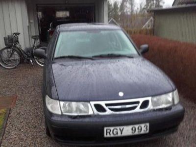 begagnad Saab 9-3 2,0 i - 00 nyb.utan anm -00