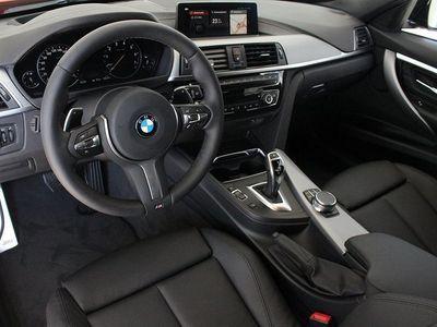 begagnad BMW 330 i xDrive Touring M-Sport Navi Aut Dragkrok