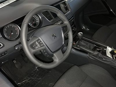 begagnad Peugeot 508 SW ACTIVE BlueHDi 120