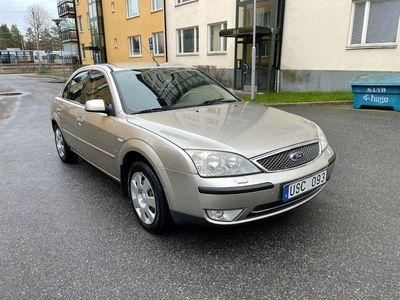 begagnad Ford Mondeo Halvkombi 2.5 V6 170hk