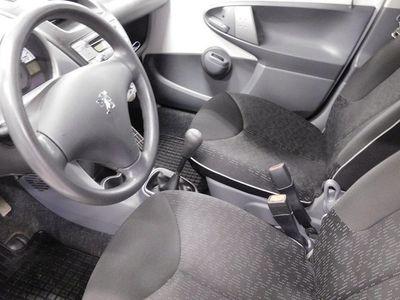 begagnad Peugeot 107 1,0 5d Premium