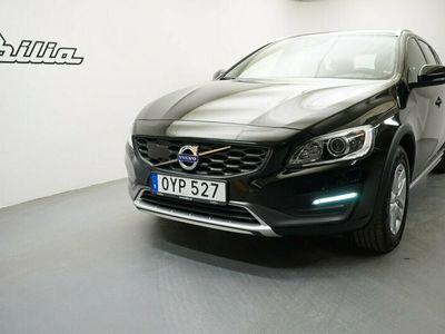 begagnad Volvo V60 CC D4 Momentum Business E, VOC m fjärrstart parkvärm, Dragkrok, Miljöklass EURO6