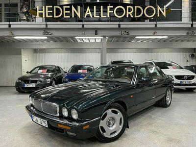 begagnad Jaguar XJ 3.2 Automat 211hk 13000Mil Värmare Drag
