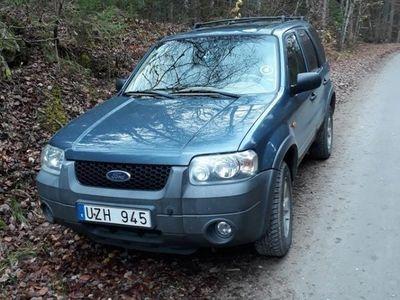 begagnad Ford Maverick 3.0 V6 4WD