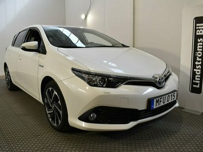begagnad Toyota Auris Hybrid 1.8 Automat Vinterhjul Active Plus 4 År garanti VIDEO