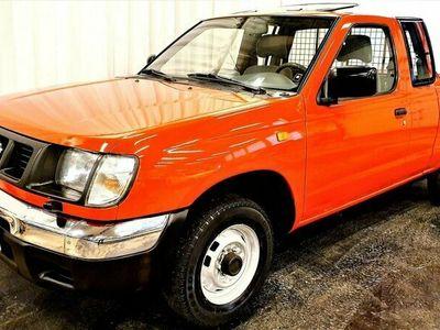 begagnad Nissan King CAB 2,4 2WD