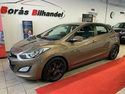 begagnad Hyundai i30 5-dörrar 1.6 CRDi/Nyservad 110HK