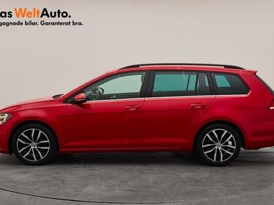 begagnad VW Golf Sportscombi 1.5 TSI 150 DSG / Dragpaket