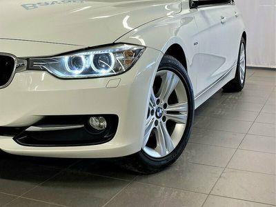 begagnad BMW 320 d xDrive Touring Sport Line Aut Sportstolar Drag