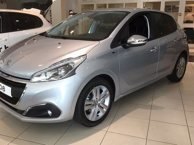 begagnad Peugeot 208 Style Pure Tech 82 DEMO