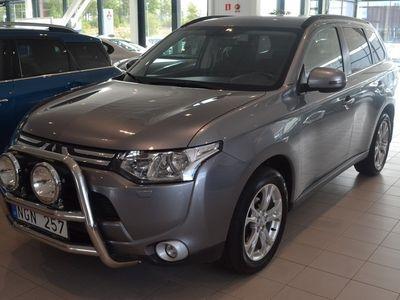 begagnad Mitsubishi Outlander 2.2 Di-D4WD