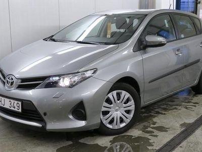 gebraucht Toyota Auris D-4D (90hk) -13