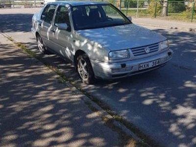 gebraucht VW Vento -96