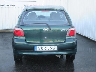 begagnad Toyota Yaris 1.3 Nyservad NYBES 12502mil