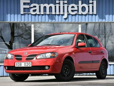 begagnad Nissan Almera 1.8 5dr (116hk) Kamkedja/ACC/Nybes/2-Ägare