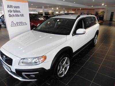 begagnad Volvo XC70 D4 AWD Momentum Business E 2014, SUV 189 000 kr